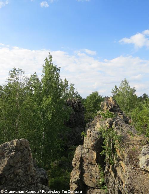 Скала Четыре Богатыря на Азов-горе. Фото Карпова С.О.